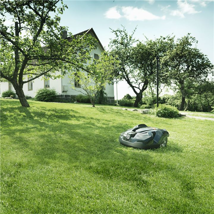 Robot de tuns iarba Automower